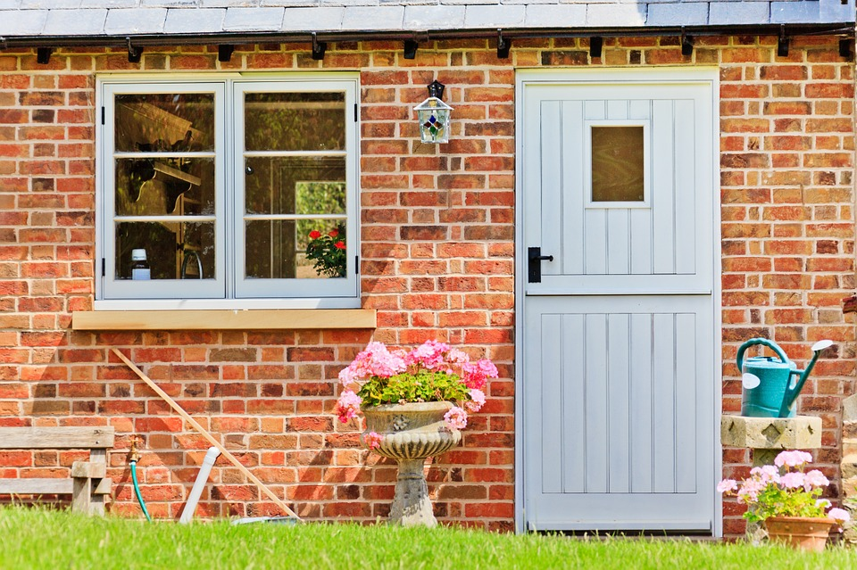stable doors bromley